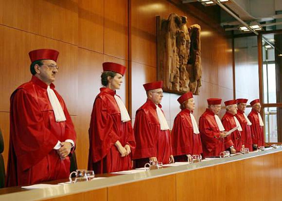 El Tribunal Constitucional de Alemania reduce la presencia de políticos en la televisión pública