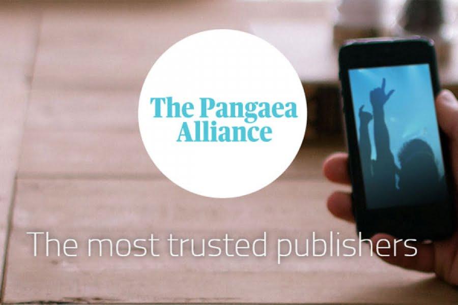 Alianza de grandes medios informativos en inglés contra Google, Facebook y Twitter